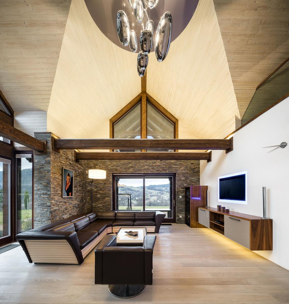 Dřevěný srub : kompletní vybavení obytné části a pokojů nábytkem