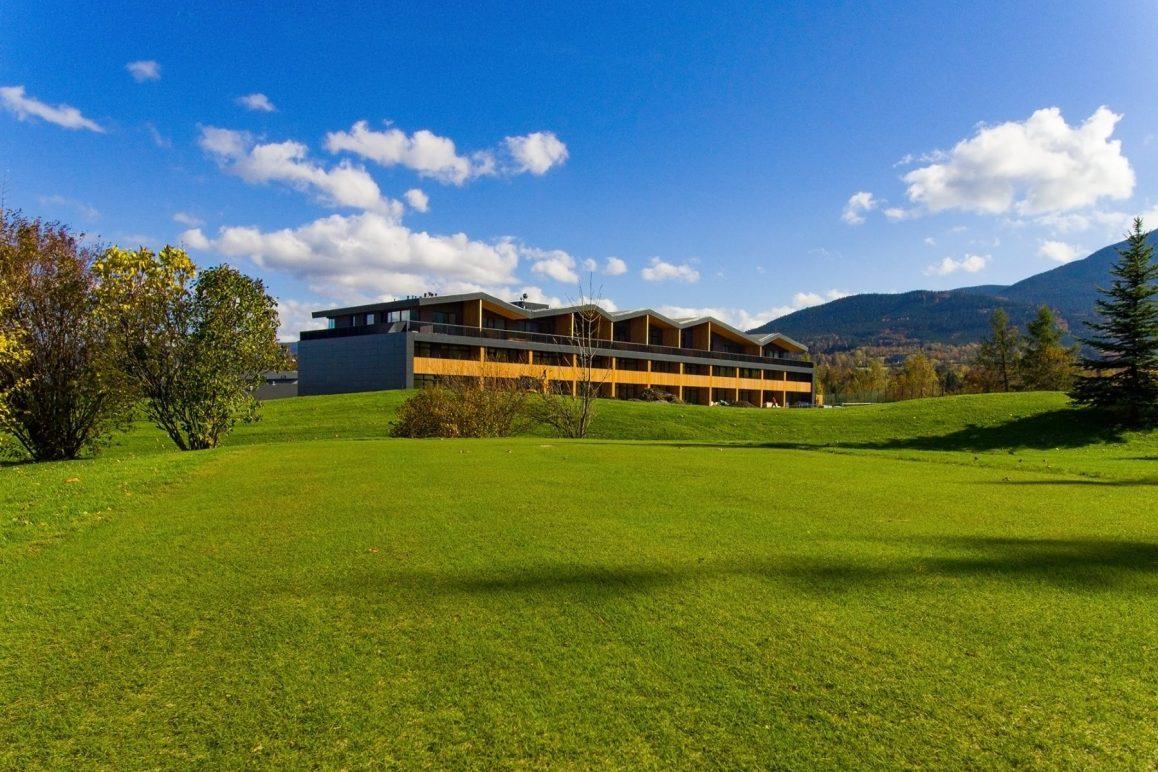 Tee House - horské apartmány v areálu Golf Čeladná