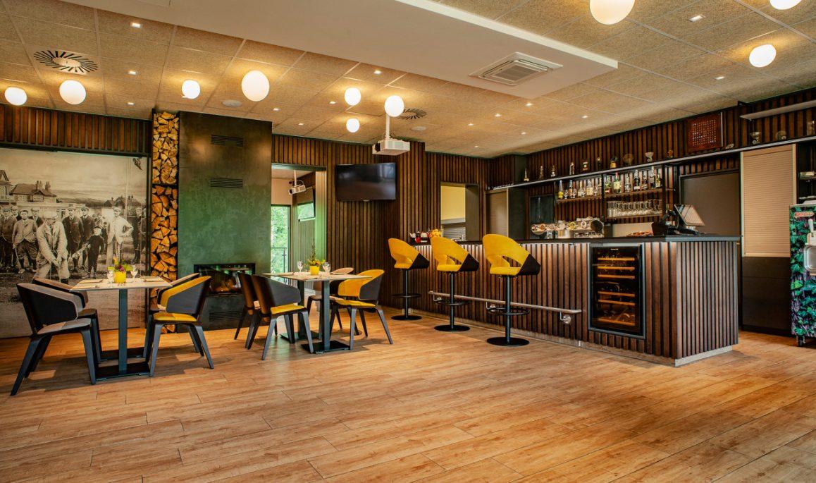 Golf Park Lhotka - restaurace - Realizace interiéru Szturc