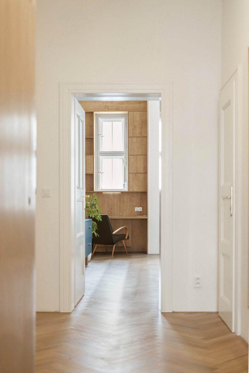 Rekonstrukce bytu s arkýřem v činžovním domě ze 20. let